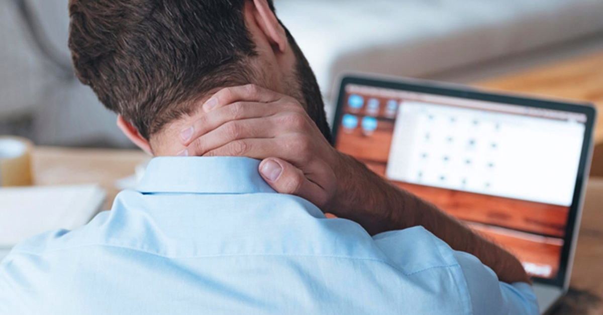 Office Pain In The Neck… And Shoulders